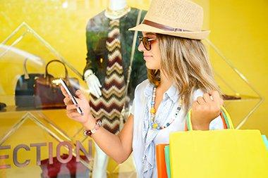 shopping with mobile